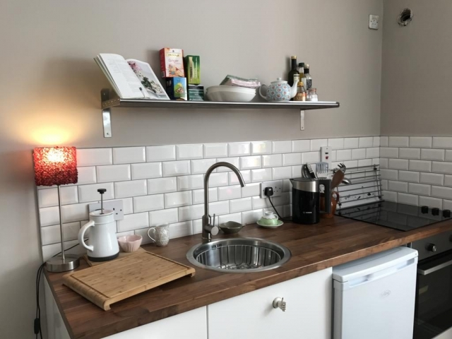 Claremount self catering bray kitchen