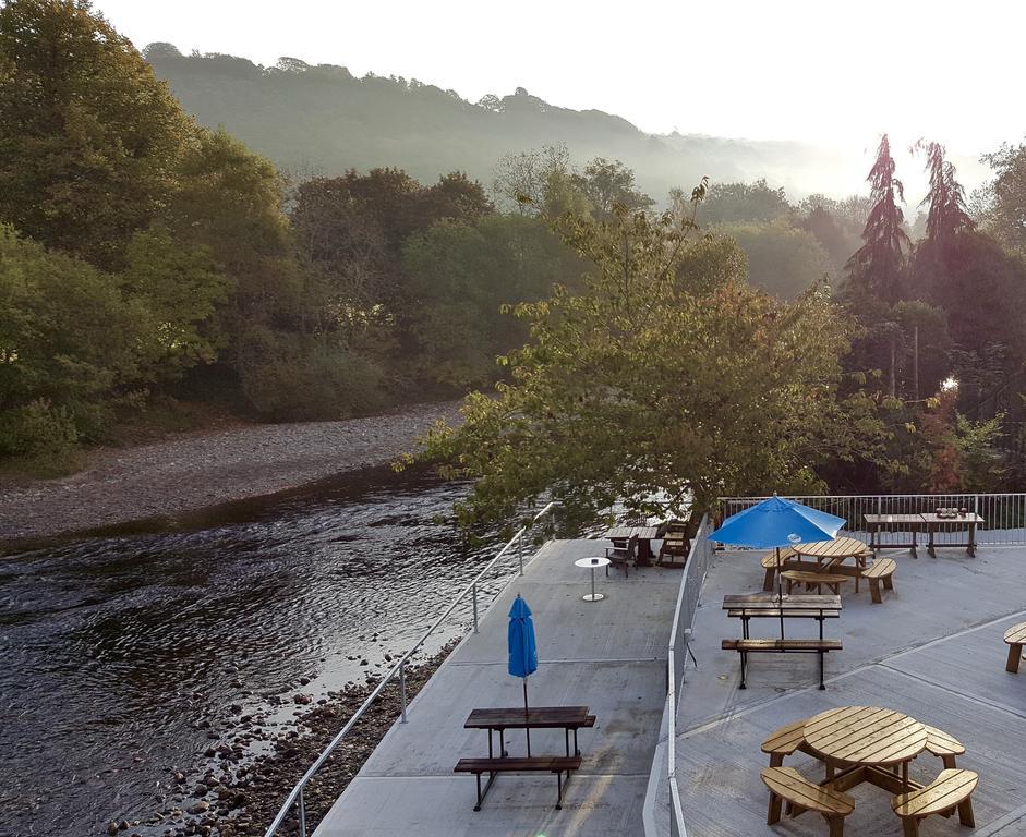 The Meetings Avoca B&B overlooks the river