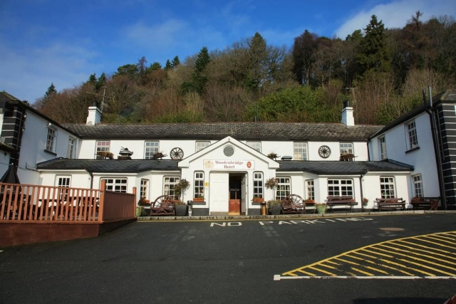Woodenbridge Hotel near Avoca