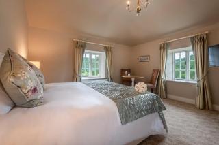 Woodenbridge Hotel Bedroom 1