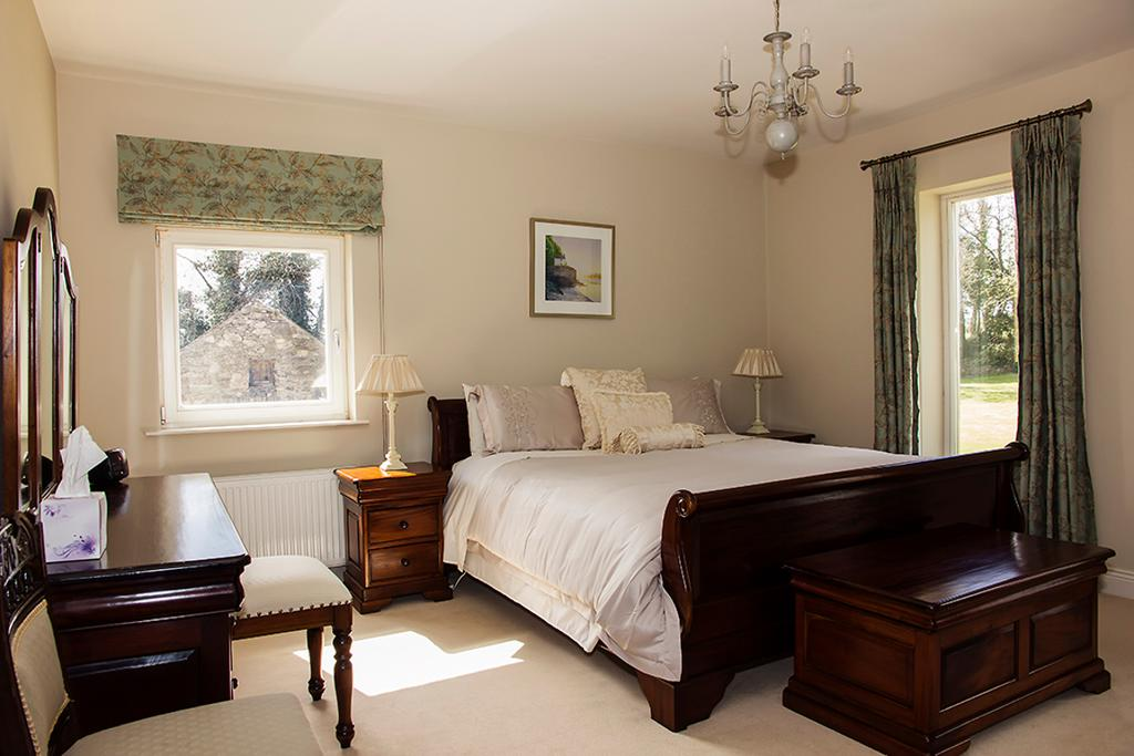 Ballinclea House Brittas Bay B&B Bedroom 3