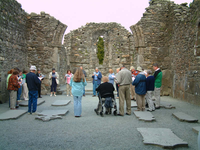 visitors at glendalough