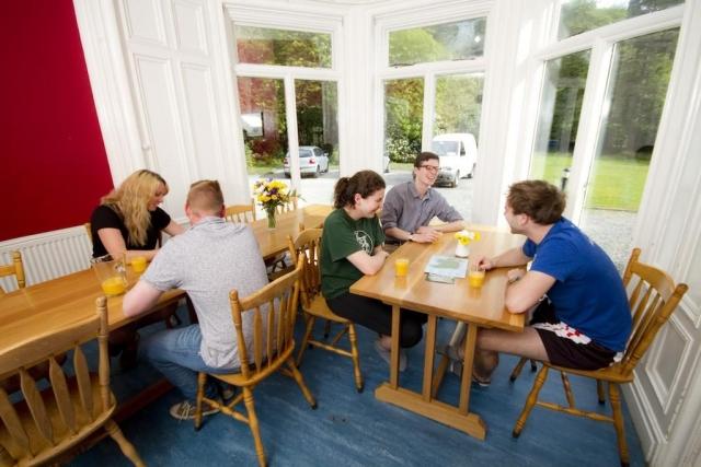 glendalough youth hostel breakfast