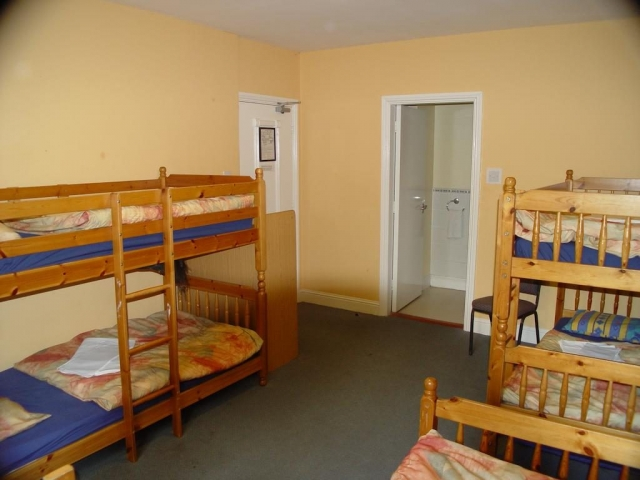 glendalough international hostel dorm