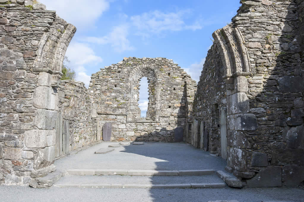 glendalough church ruins