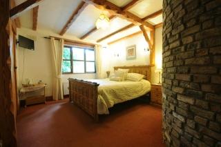 Tudor Lodge laragh wicklow oak beam bedroom